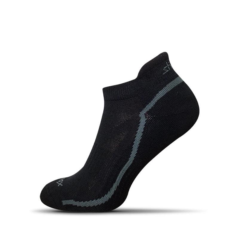 67cb8d7ae85 Černé bavlněné ponožky - Budchlap.cz